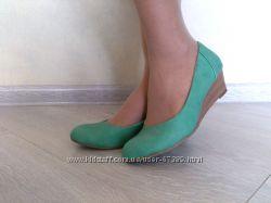 Новые стильные кожанные брендовые туфли