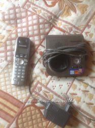Телефон Panasonic KT-TG7227UA