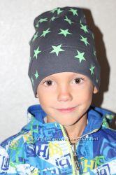 Модные весенние шапочки для мальчишек