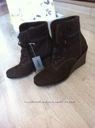 Новые женские  ботинки Gabor