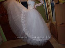 нежное свадебное платье р. 42-46