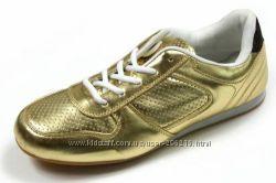 Новые кроссовки Англия