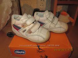 Chicco Наши ботиночки, кросовочки от chicco