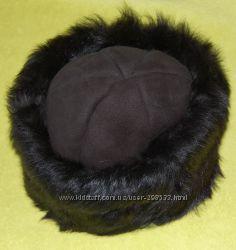 JOHN LEWIS новая лёгкая тёплая шапка  из 100 барашка р. 58