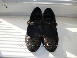Туфли женские кожа р. 38стелька 25 см