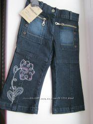 Продам новые джинсы для девочки