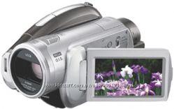 Видеокамера Panasonic полный комплект HD  качество
