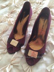 Туфли замшевые  с откытым носиком стильные