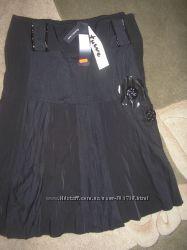 Шикарная, стильная, красивая черная юбка, Итальянский бренд Tuwe-распродажа.