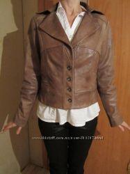 Куртка короткая кожаная деми