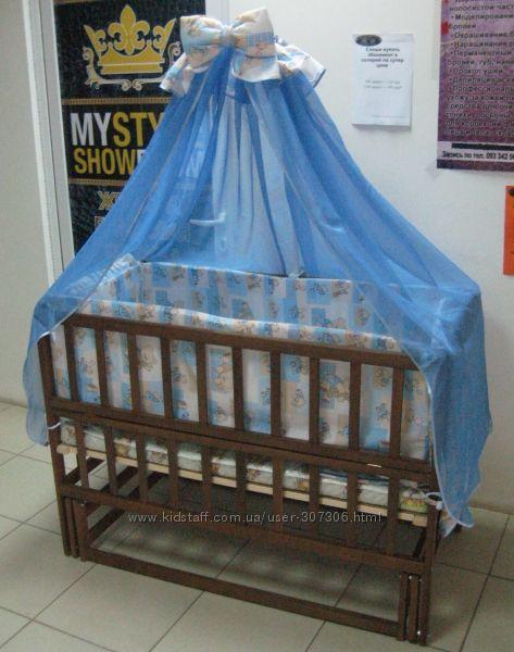 Кроватка -маятник Малыш люкс с ящиком  набор постельного 8эл. матрас кокоc