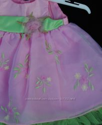 Шикарное платье GEORGE 0-3 мес.