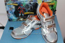 Ультрамодные кроссовки SKECHERS в школу и на прогулку