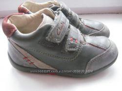 Кожаные ботиночки Clarks 25р.