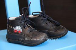 демисезонные ботиночки SUPERFIT 20 р. 13, 5 по стельке