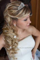 Восхитительное свадебное платье и аксессуары.