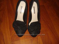 Продам туфли RONZO 37размер