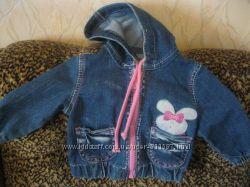 продам очень классную джинсовую курточку для маленькой модницы