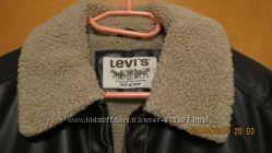 Демисезонная фирменная куртка Levis