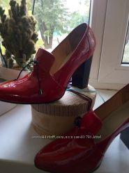 Туфли натуральный лак за пол-цены