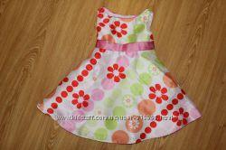 Очень нарядное платье 2 годика