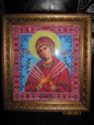 Икона ручной работы Богородица Семистрельная вышитая бисером в наличии