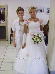 Очень красивое свадебное платье, шитое под заказ
