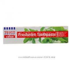 Зубная паста Tesco Мятная свежесть 125мл.