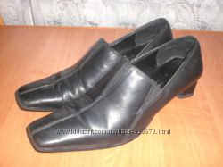 Кожаные туфли ТМ Tamaris Германия 37 размер