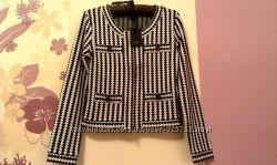 Брендовая кофта пиджак на молнии Yuka