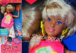 Колекционная кукла Барби Джаззи Barbie Sun Lovin JAZZIE Doll w Color Chang