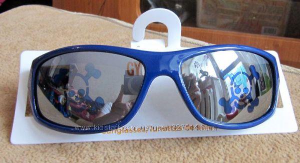 Солнцезащитные очки для мальчиков 2-4 лет Gymboree из США