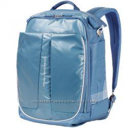 Распродажа PIQUADRO - вместительный рюкзак для путешествий плюс дождевик