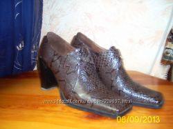 Туфли-полуботиночки женские бу пр-во Турция, полностью кожаные 36р