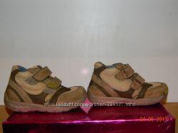 демисезонные ботиночки кожаные 22р.