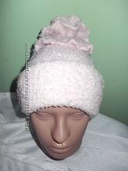 Красивенная шапка-снуд нежно-пудрового цвета