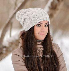 Зимняя шапка с помпоном. Ручная работа.