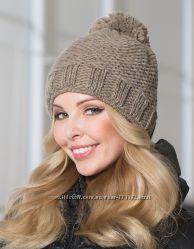 Зимняя шапка с помпоном. Ручная работа. Неделя