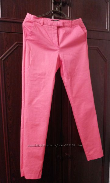 Розовые брюки доставка