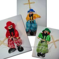 Марионетки и клоуны из дерева