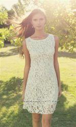 Платье-футляр из плотного кружева, произв-ль Италия, скидка