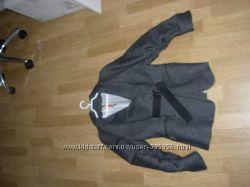 Пиджак шерстяной новый