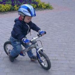Велобег Kokua Jumper и фирменные аксессуары - шлем, перчатки, тормоз, крыло