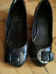 туфли для девочки 35 и 37 размер