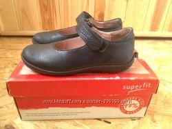 туфли фирменная  обувь
