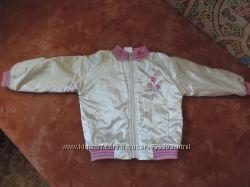 Красивая, стильная курточка на девочку, рост 98-104