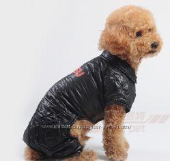 Яркий стеганный комбинезон для собак
