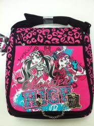 Сумка через плечо Monster High Pink для девочки. Распродажа.