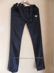 Продам фирменные женские брюки adidas оригинал.