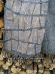 Шарфы из шерсти и шелка